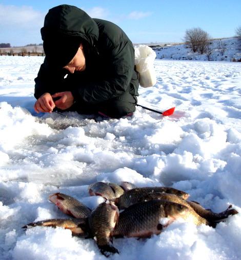 ловля рыбы в марте на пруду